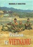 Pěšákem ve Vietnamu - obálka