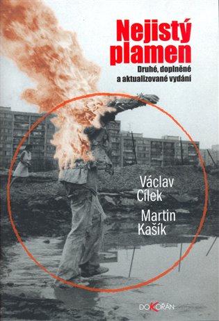 Nejistý plamen:Průvodce ropným světem - Václav Cílek, | Booksquad.ink
