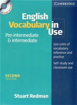Obálka titulu English Vocabulary in Use Pre-intermediate and Intermediate with answers and CD-ROM