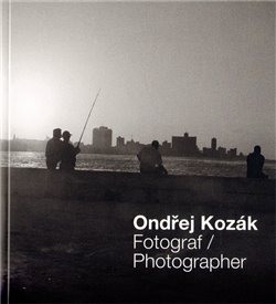 Obálka titulu Fotograf / Photographer
