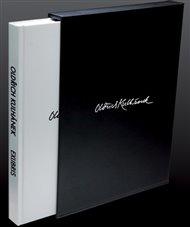 To řekl v jednom z rozhovorů grafik Oldřich Kulhánek (1940 - 2013), mimo jiné autor série grafických návrhů pro české bankovky. Kosmas momentálně nabízí dvě knihy s jeho tvorbou - Ex libris a Známková tvorba.