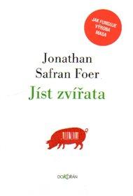 Maso na talíři je pro někoho gurmánská pochoutka a pro jiného frustrující zážitek. J. S. Foer se pokusil pravdivě popsat proces, který změní žijící dobytče v kus flákoty. A stal se z něj vegetarián.