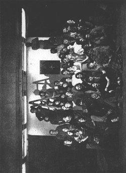 Obálka titulu Divadlo a společnost kolem roku 1989