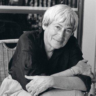 Le Guinová, Ursula K.