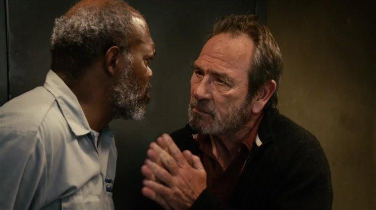 Americký spisovatel Cormac McCarthy napsal zatím dvě dramata - The Stonemason (1995), o afroamerické rodině, a The Sunset Limited (2006), dialog bílého profesora a černého bývalého kriminálníka o smyslu života, Bohu a smrti. Právě tuhle hru si celkem nečekaně vybralo do repertoáru Divadlo Ungelt a uvádí ji pod názvem Expres na západ. Hrají Radek Holub a František Němec.