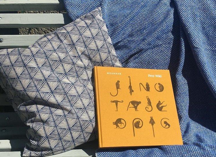 Nová kniha Petra Nikla Jinotaje opic