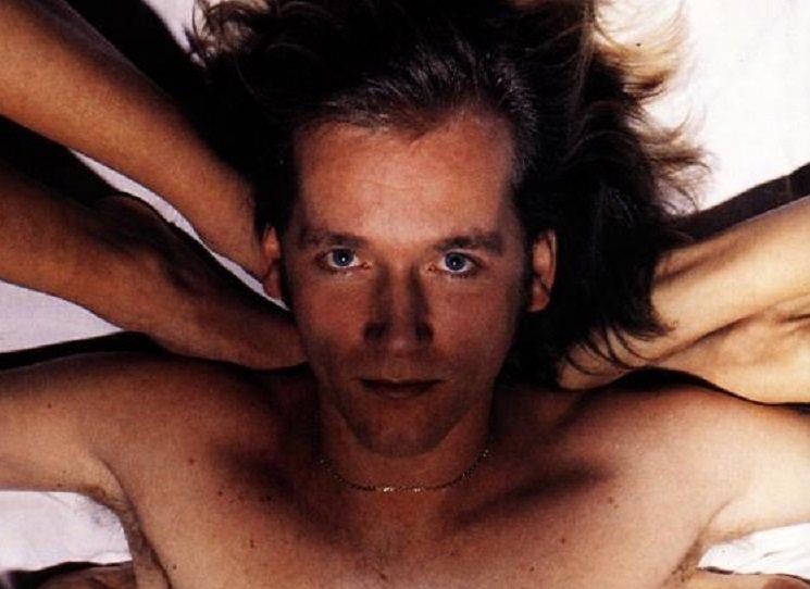 David Koller is a drummer, singer etc....a nebojte, rozhovor je psaný česky!