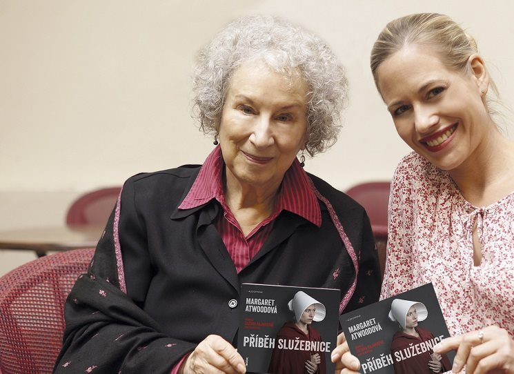 Příběh audioslužebnice - rozhovor s Margaret Atwoodovou