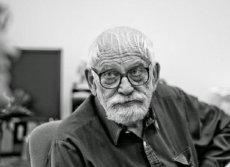 Zemřel literární historik Jaroslav Med