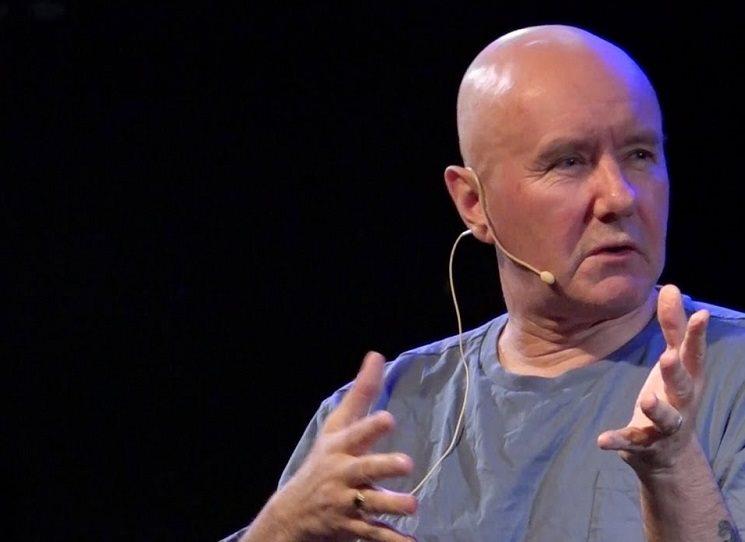 Irvine Welsh v Praze - na Festivalu spisovatelů, na Ucpaném systému, na autogramiádě