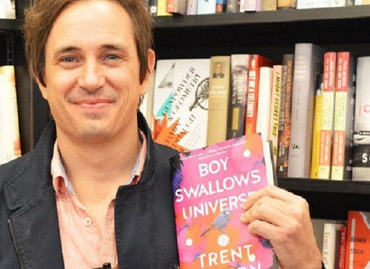 """Proč jsem napsal knihu """"Kluk spolkne vesmír"""""""