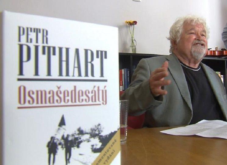 Přestože psal Petr Pithart svou obsáhlou studii o roce 1968, nazvanou prostě Osmašedesátý, v chartovním roce 1977, a pro samizdat, neztratila nic na své platnosti. Již tehdy oslovila mnoho čtenářů, vyšla i v exilových nakladatelstvích. Nyní konečně vychází v pečlivě editované, opravené verzi, doplněné současným autorským komentářem.