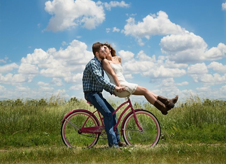 Love story dvojice roztomilých loserů
