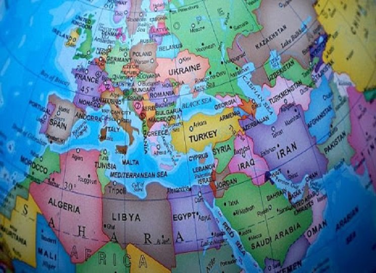 Sborník Vytěsněná Evropa? nabízí hned patnáct příspěvků – všechny mají jednoho společného jmenovatele, jímž je osud a situace současné východní Evropy.