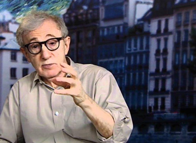 Četli byste autobiografii Allena Stewarta Konigsberga? Ne? A kdyby to byl Woody Allen?