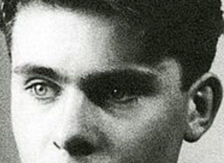"""Důvodem zatčení básníka Rudolfa Altschula  (1927 - 1945) jeho věznění a likvidace byl zaprvé jeho poloviční židovský původ, zadruhé jeho podíl na ilegálních, hlavně literárních a výtvarných aktivitách skupiny """"spořilovských surrealistů"""", a zatřetí jeho možná spolupráce s československým odbojem."""