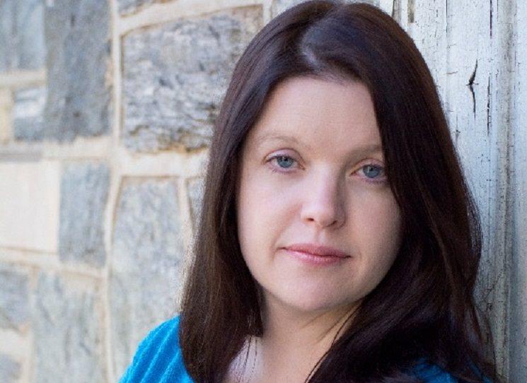 Policejní náčelnici Josie Quinnové se začínají vracet nepříjemné vzpomínky